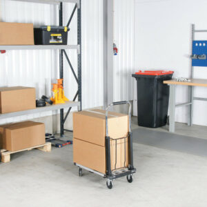 Opvouwbare steekwagen in magazijn